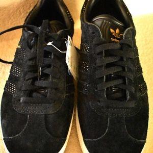 New Adidas Originals Gazelle Shoes